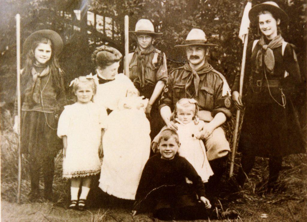 UK scouts; girl scouts; boy scout; 1909