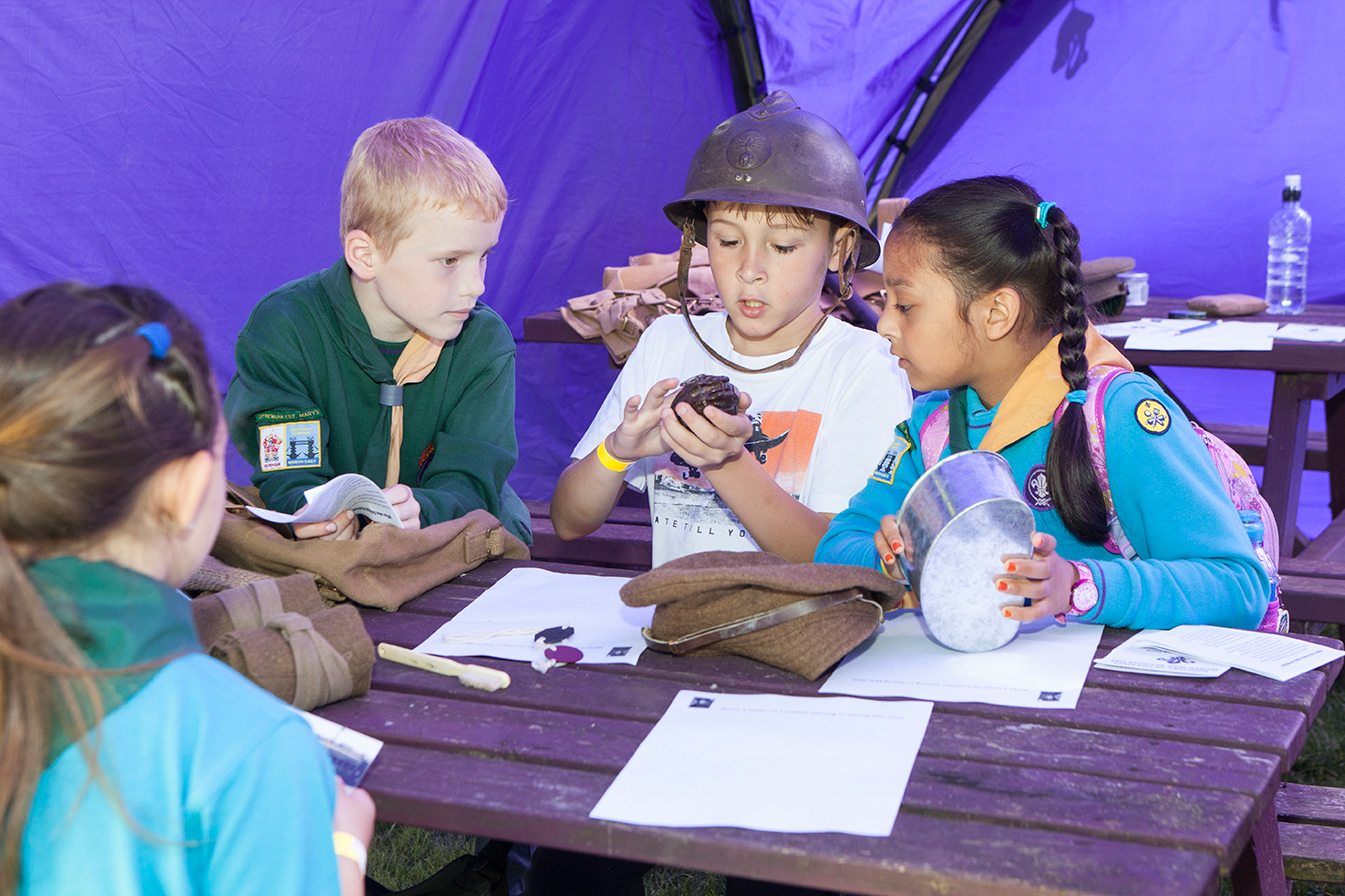 Beaver Scouts; Cub Scouts; First World War learning sessions; object handling;